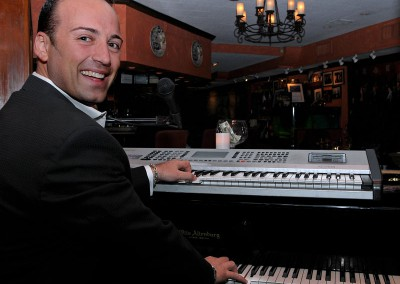 Paolo Siani at Nino's NYC - Futura Music & Entertainment